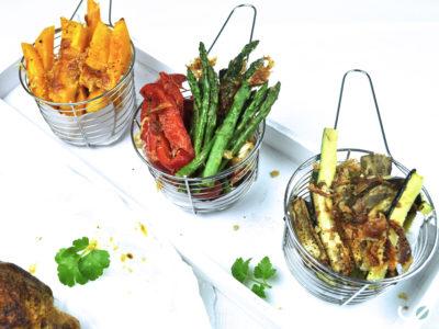 Keto groentenfrietjes met kaaskorst