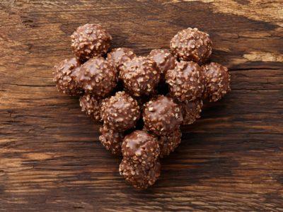 Keto Ferrero hazelnoot truffels