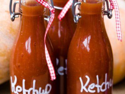 Huisgemaakte suikervrije ketchup
